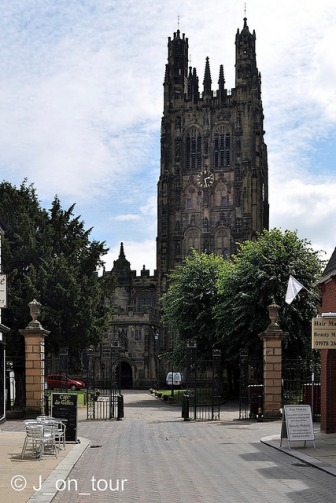 st giles church elihu yales memorial Wrexham 2 wales